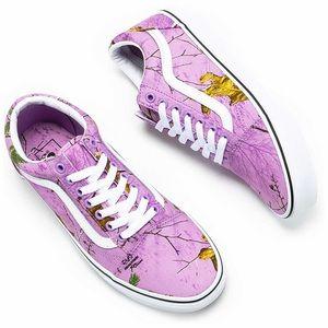 Vans Shoes - Vans Realtree Camo Old Skool Shoes Sneakers Mens